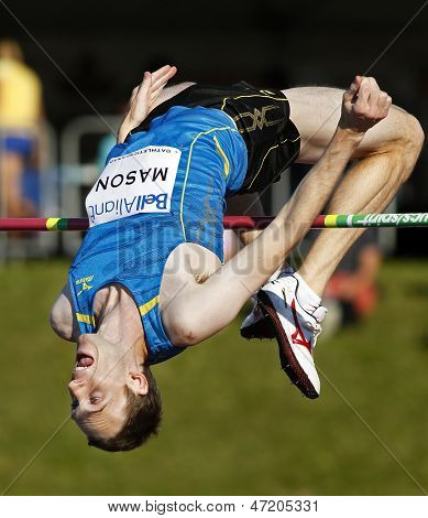 high jump canada man over bar
