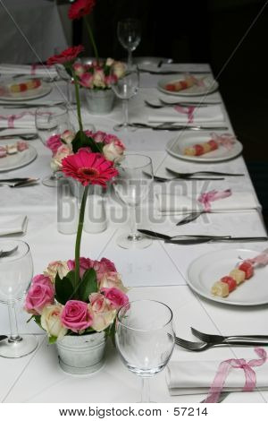 white and pink tablesetting poster