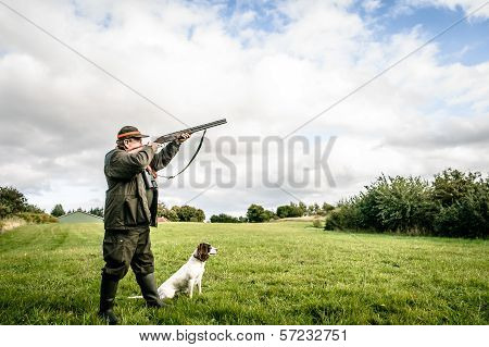 Hunter Aiming