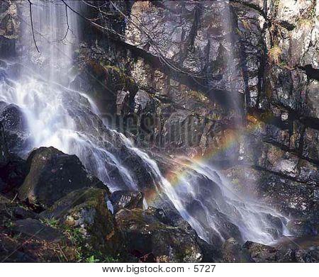 Water & Rainbow