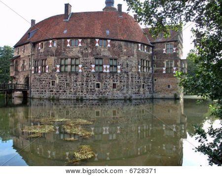 Burg Vischering Luedinghausen (Castle Vischering, Germany)