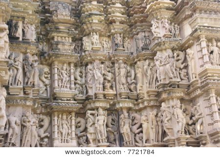 Apsaras, Ladies Of The Court Preening And Posing