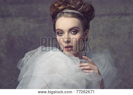Romantic Dame With Tiara