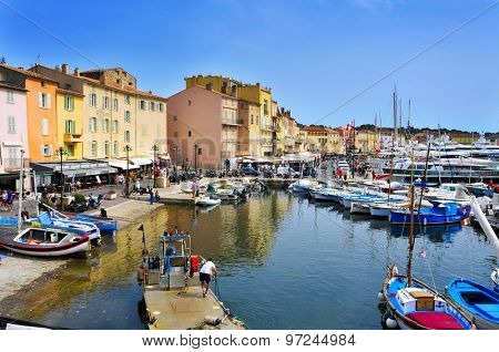SAINT-TROPEZ, FRANCE - MAY 13: A view of the Old Port on May 13, 2015 in Saint-Tropez, France. Saint-Tropez is a famous destination for European and Worldwide tourists in the French-Riviera