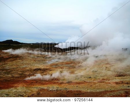 Fumaroles at Gunnuhver (Reykjanes Peninsula, Iceland)