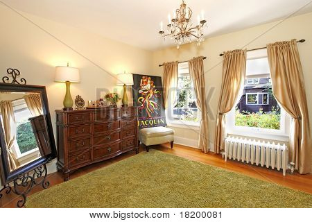 Bedroom Wall With Green Carpet With Yellow Walls