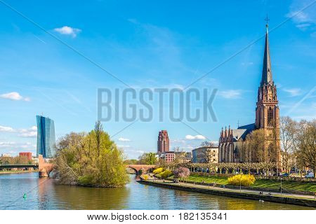 Waterfront river Main with Dreikonigs church - Frankfurt am Main