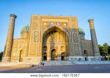 Sher-dor Madrasah , Samarkand, Uzbekistan