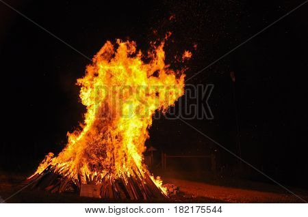 hot dangerous fire, flame, fire, hell, barbecue, behavior, black, blazing, bonfire, broil, burn, campfire, close, closeup, cooking, cozy, danger, dangerous, department, detail, element, engulfed, eternity, fiery, fireman, fireplace, flametongue, flammable