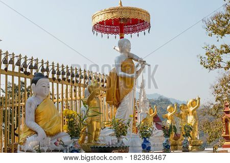 Mae Sai, Thailand. - Feb 26 2015: Budda Statues At Wat Phra That Doi Wao. A Famous Temple In Mae Sai