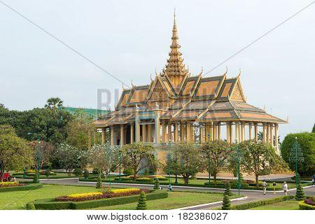Phnom Penh, Cambodia - Jan 30 2015: Royal Palace. A Famous Historical Site In Phnom Penh, Cambodia.