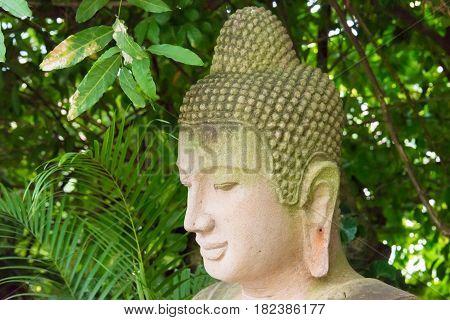 Phnom Penh, Cambodia - Jan 30 2015: Budda Statue At Silver Pagoda(wat Preah Keo Morokot). A Famous H