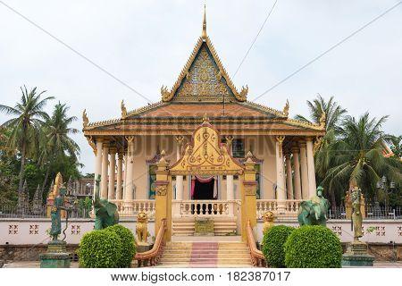 Phnom Penh, Cambodia - Jan 30 2015: Wat Saravan. A Famous Historical Site In Phnom Penh, Cambodia.