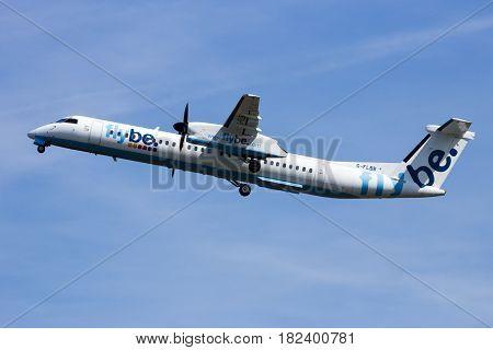 Bombardier Dash 8 Q400 Plane Flybe