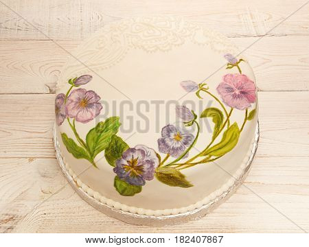 Painted Cake Fondant With Food Coloring. Cake With Painted Viola