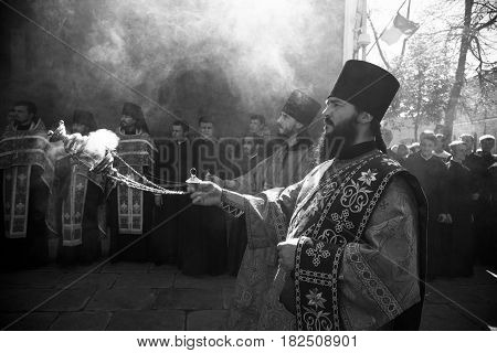 Kiev, Ukraine - 28 August 2016: Deacon At The Divine Liturgy At The Kiev-pechersk Lavra.