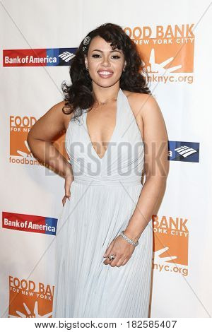 NEW YORK-APR 19: Elle Varner attends the Food Bank for New York City's Can-Do Awards Dinner 2017 at Cipriani's on April 19, 2017 in New York City.
