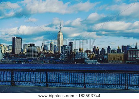Manhattan Skyline (new York) Featuring The Empire State Building