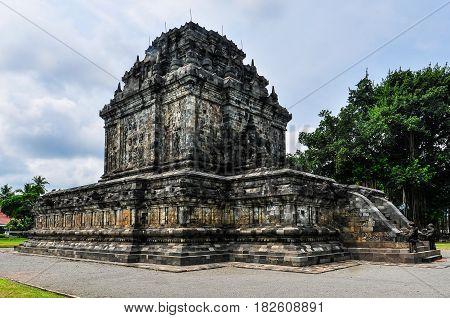 Buddhist Temple In Mendut Near Borobudur, Indonesia