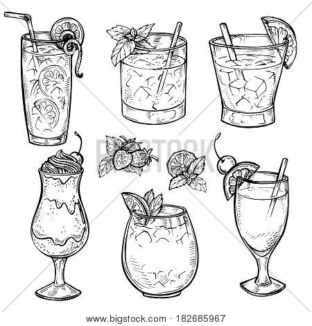 Sketch cocktails and alcohol drinks set. Hand drawn illustration. Whiskey, margarita, juice, milk shake and other. Set 1.