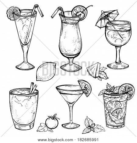 Sketch cocktails and alcohol drinks set. Hand drawn vector illustration. Martini, bloody mary, margarita, tequila, cosmopolitan, mojito, pina colada and other. Set 2.