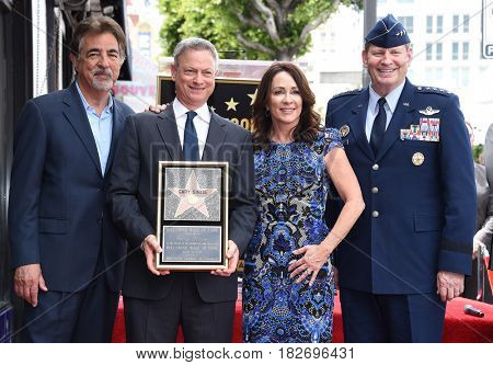LOS ANGELES - APR 17:  Joe Mantegna, Gary Sinise, Patricia Heaton and General Robin Rand Walk of Fame Honors Gary Sinise on April 17, 2017 in Hollywood, CA