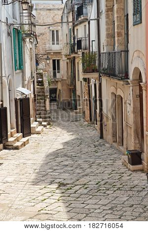 Characteristic alleyway of Conversano. Puglia. Southern Italy.