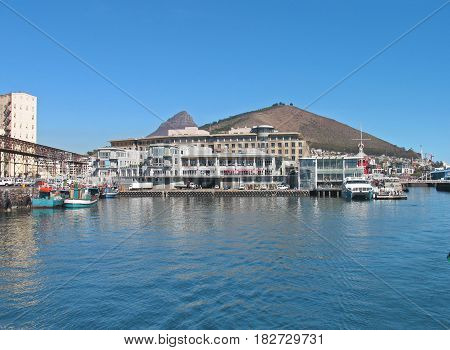 VICTORIA AND ALFRED WATERFRONT, CAPE TOWN, SOUTH AFRICA 19vtgg