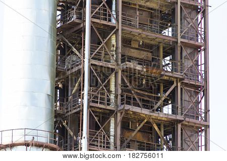 Industrial texture of refinery tower for making gasoline