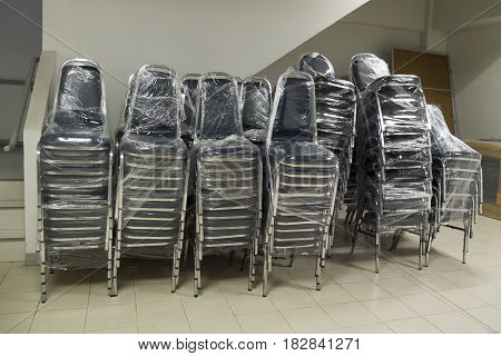 Steel chair for use in large conference rooms