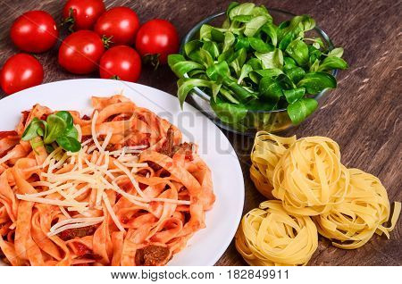 Meat Paste. Tagliatelle With Beef, Pork And Tomatoes