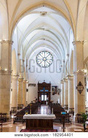 Nave Of Chiesa Di Santa Corona In Vicenza