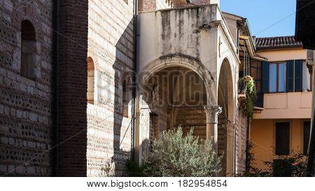 Cloister In Chiesa Di San Lorenzo In Verona City