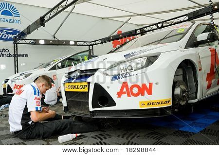 Team Aon Ford Focus