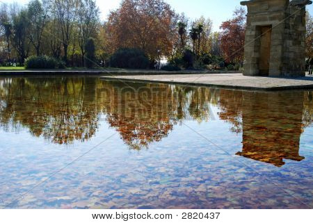Debod Reflections