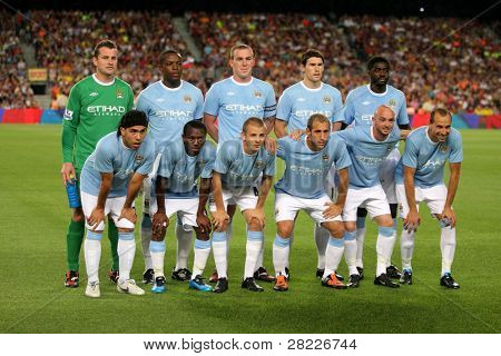 BARCELONA - AUG 19: Manchester City Team before the Trophy Joan Gamper's match between FC Barcelona and Manchester City at Nou Camp Stadium in Barcelona, Spain. August 19, 2009