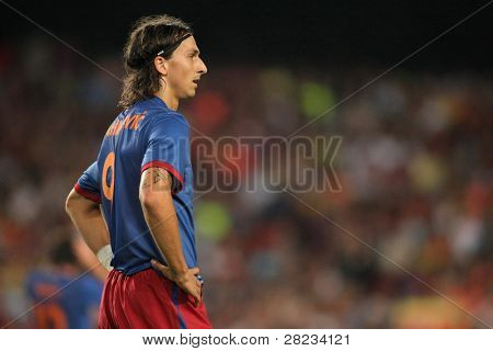 BARCELONA, SPAIN - AUG. 19: Futbol Club Barcelona's international Swedish Zlatan Ibrahimovic during the match Trophy Joan Gamper between FC Barcelona and Manchester City at Nou Camp Stadium in Barcelona, Spain. August 19, 2009.