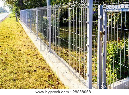 Grating Wire Industrial Fence Panels, Pvc Metal Fence Panel