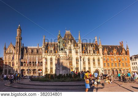 Bruges Attractions Editorial