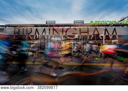 Birmingham, United States: February 16, 2019: The Start Of The Mercedes-benz Marathon In Birmingham