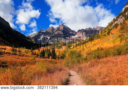 Aspen trees fall foliage at Maroon bells mountains in Colorado