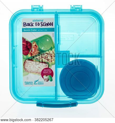 Winneconne , Wi - 16 August 2020:  A Package Of A Sistma Back To School Bento Cube On An Isolated Ba