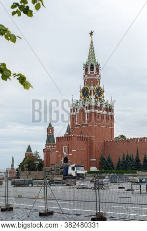 Moscow, Russia - August 24, 2020: Red Square, Spasskaya Clock Tower In The Capital. Preparing For Th