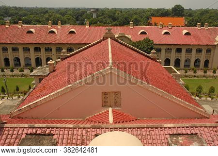 New Delhi, Delhi/india- May 20 2020: Traditional Red Colored Inclined Roof Top Of The Rainproof Terr