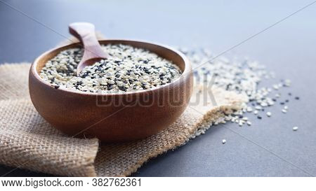 Organic Natural Sesame Seeds Wooden Spoon. Toasted Sesame Seeds. Raw, Whole, Unprocessed. Natural Li