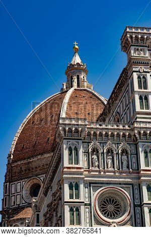 The Symbol Of Florence: Brunelleschis Famous And Ancient Dome