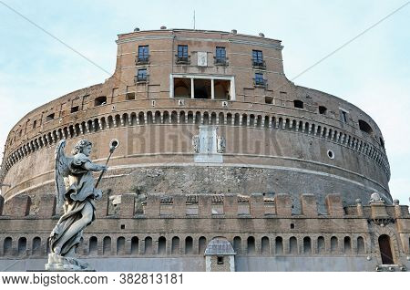 Rome, Rm, Italy - March 4, 2019: Castel Sant Angelo And An Ancient Statue