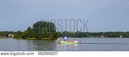 Paterswolde, Netherlands - August 8, 2020: Panoroma With Family Sailing Paterswoldse Lake In Patersw