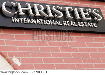 Bordeaux , Aquitaine / France - 08 25 2020 : Christies Sign And Logo Text Front Of Real Estate Luxur
