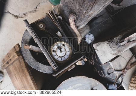 Seosan,south Korea-april 2020: Top View Of Old Vintage Clock With Roman Numerals